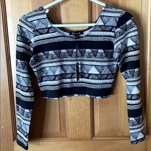 UK2LA Size Medium Crop Top